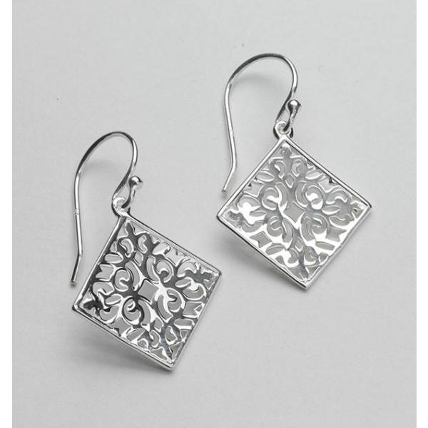 Southern Gates Small Diamond Scroll Earring
